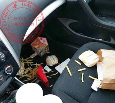 cách vệ sinh nội thất ô tô