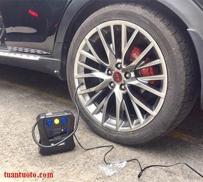bơm lốp ô tô mini  michelin 12266
