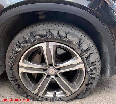 bơm lốp ô tô