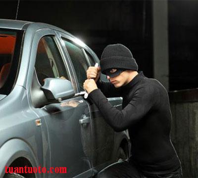 bạt trùm xe hơi