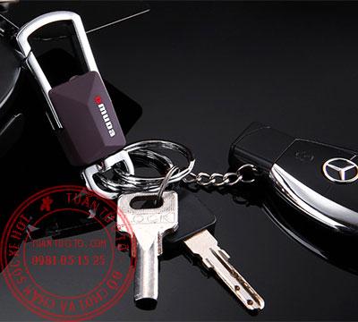 móc chìa khóa ô tô toyota