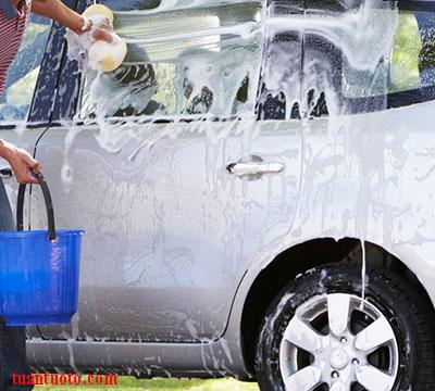 dịch vụ rửa xe ô tô cao cấp