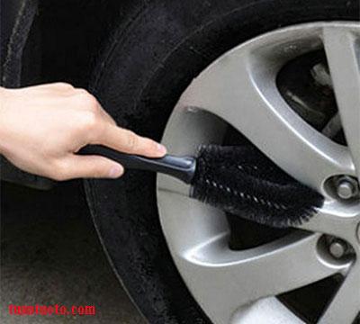dụng cụ rửa xe ô tô tại nhà