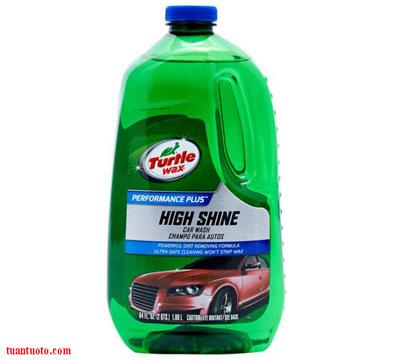 rửa-xe-ô-tô-đúng-cách